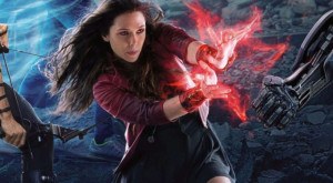 Scarlet Witch (Elizabeth Olsen) - eneste kvindelige superhelt med væsentlig rolle i filmen.