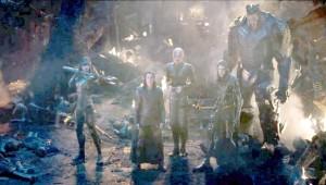 Loke, Thanos' håndlangere og nogle af Thanos' ofre.